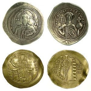 "A pre-1092 reform ""gold"" histamenon of Alexios I (1081-1118) and a post-1092 reform gold hyperpyron of Alexios I (1081-1118)."